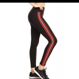 5 ⭐ rated ! Black legging, red/gold stripe